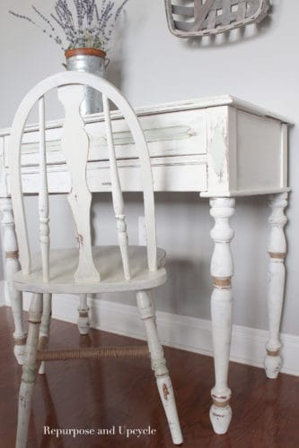 A beachy desk makeover with chalk paint