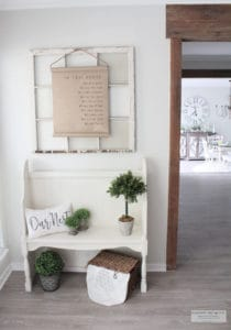 Rustic beach cottage entryway