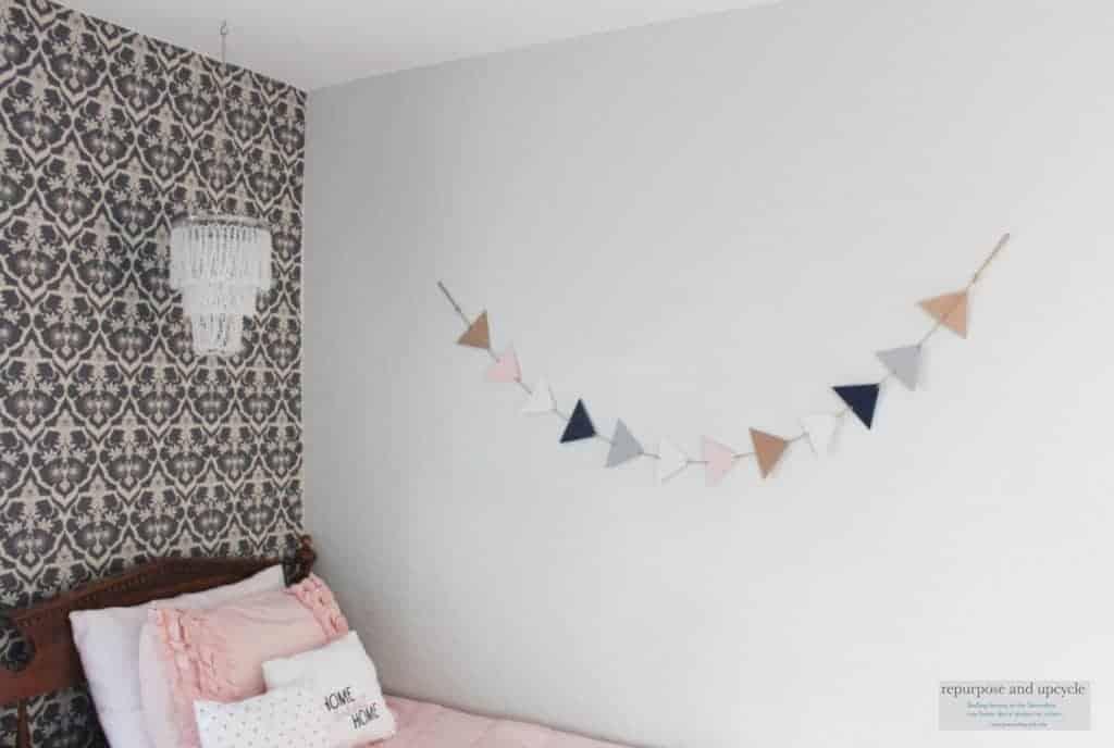 Vintage Chic Bedroom Makeover (Week 5 One Room Challenge)