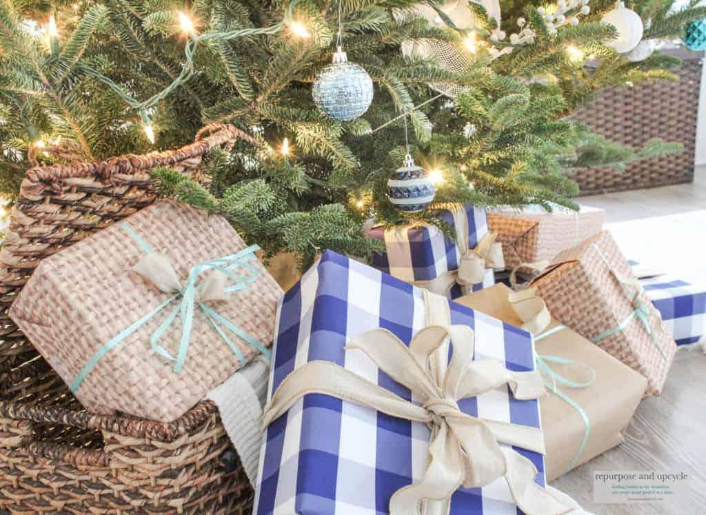 A Coastal Christmas Theme with a Christmas Tree Ribbon Hack Video