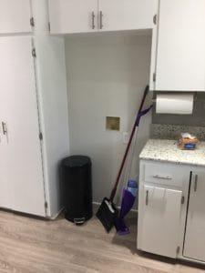 kitchen before I installed wallpaper