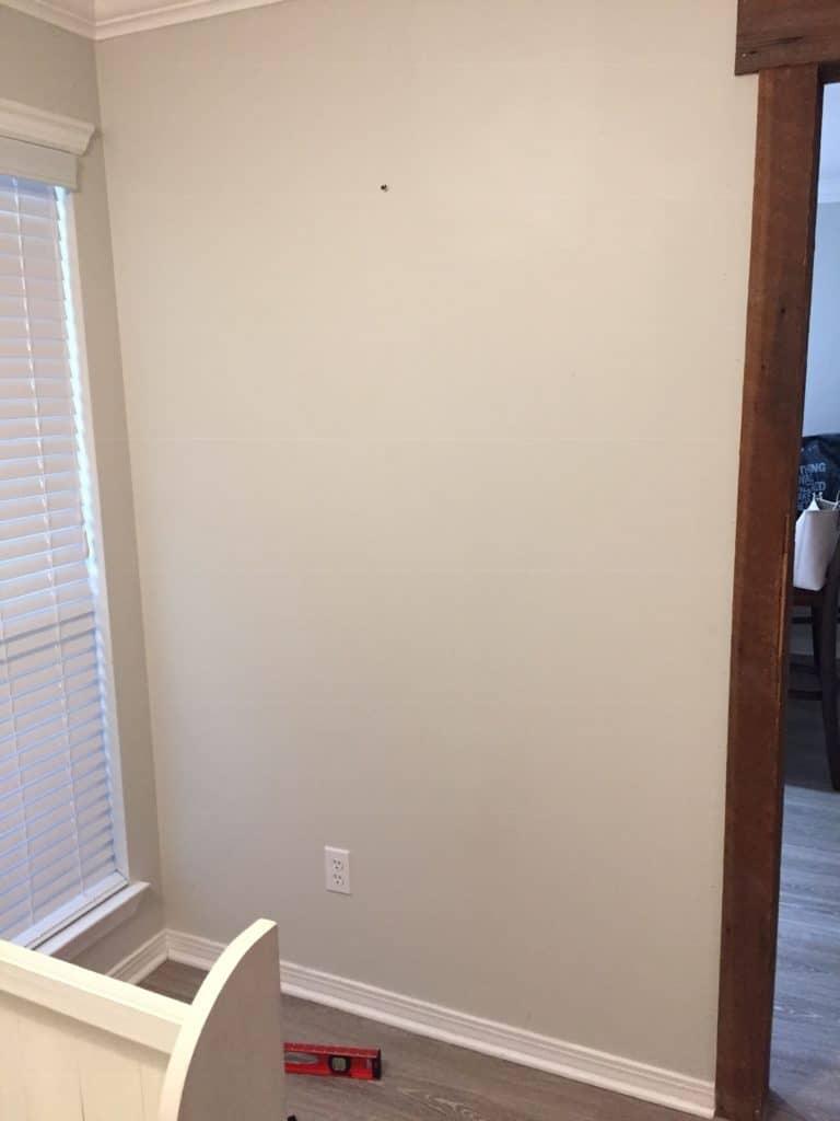 bare wall before sharpie shiplap