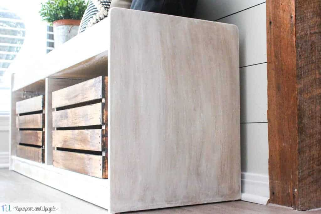 How to give a Weathered Wood Finish to a Smooth Surface
