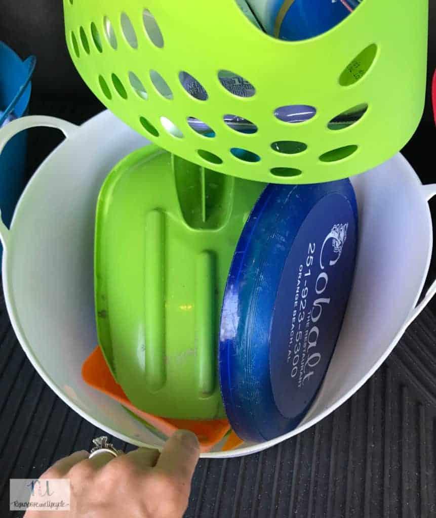 car organization with Dollar Tree bins