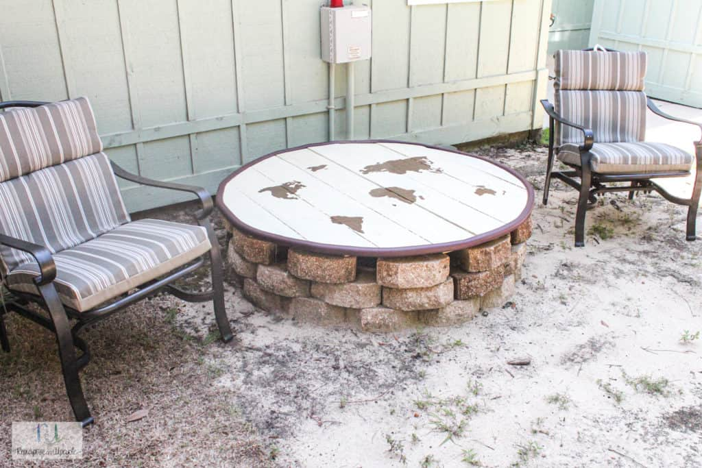 DIY outdoor table to cover a grinder pump well