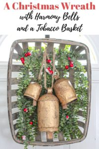 DIY Christmas wreath with harmony bells