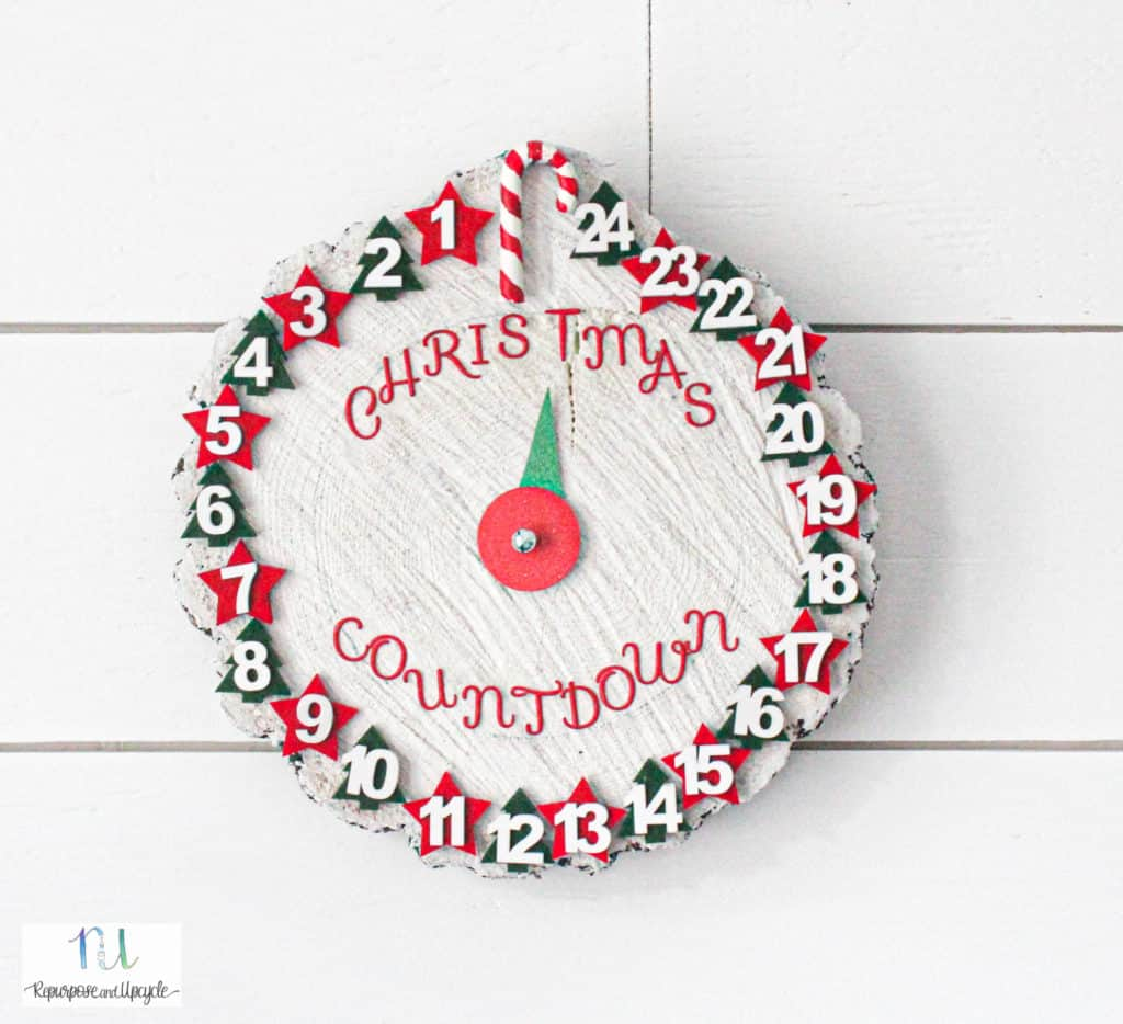 Rustic Christmas Countdown Clock with an Up Cycled Tree Charger
