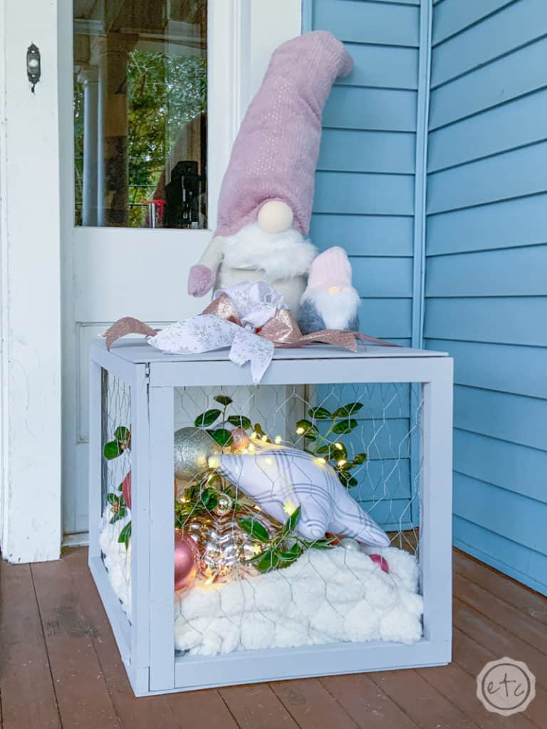 DIY Holiday Outdoor Decor