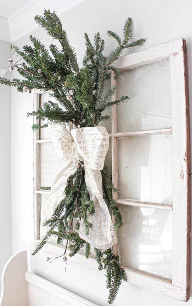 DIY Holiday Christmas swag wreath