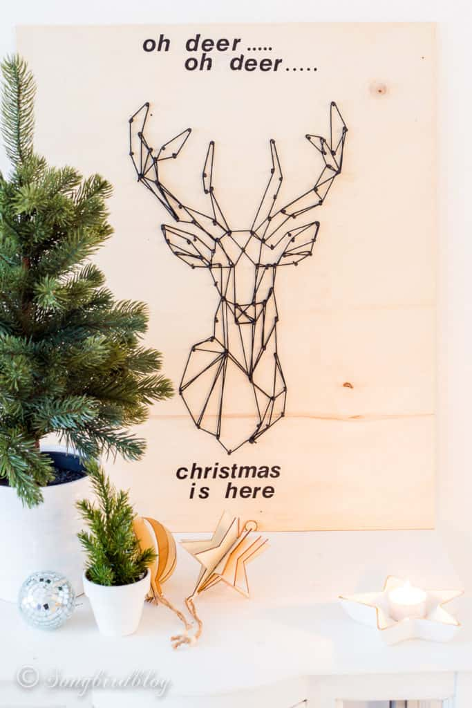 DIY Holiday Wood Sign