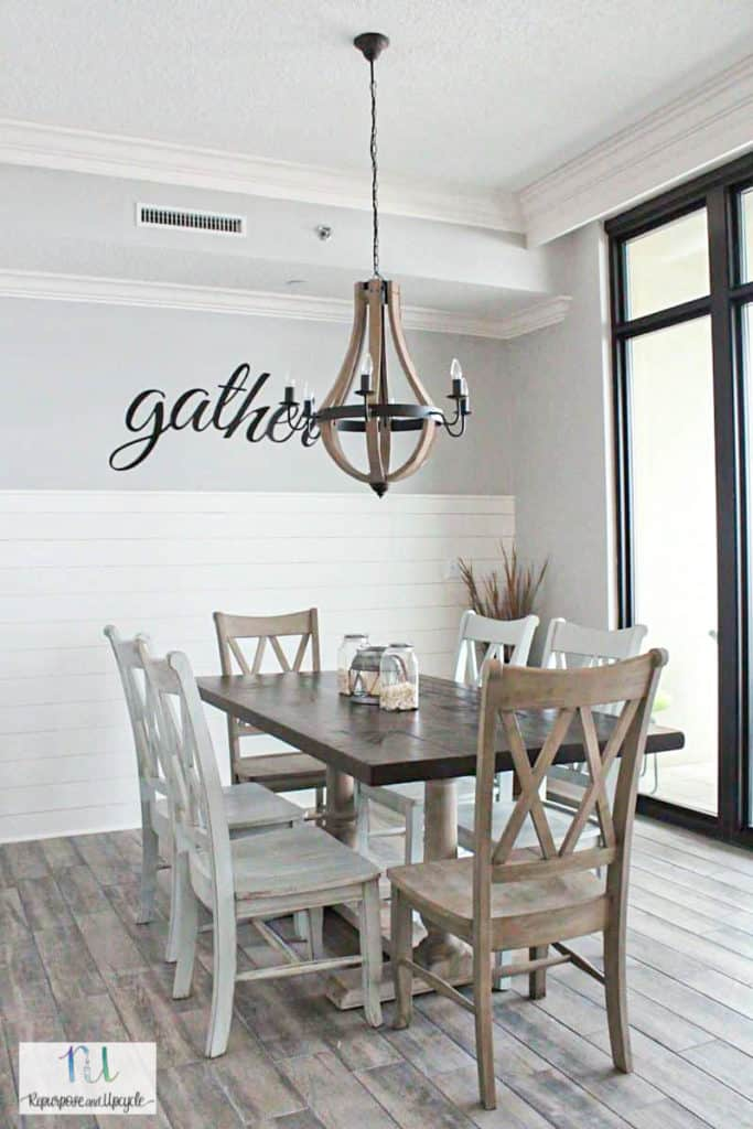 coastal farmhouse dining room