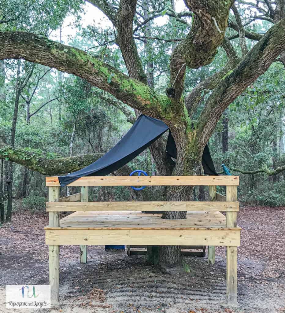 DIY Sheet Tent on Platform Tree House