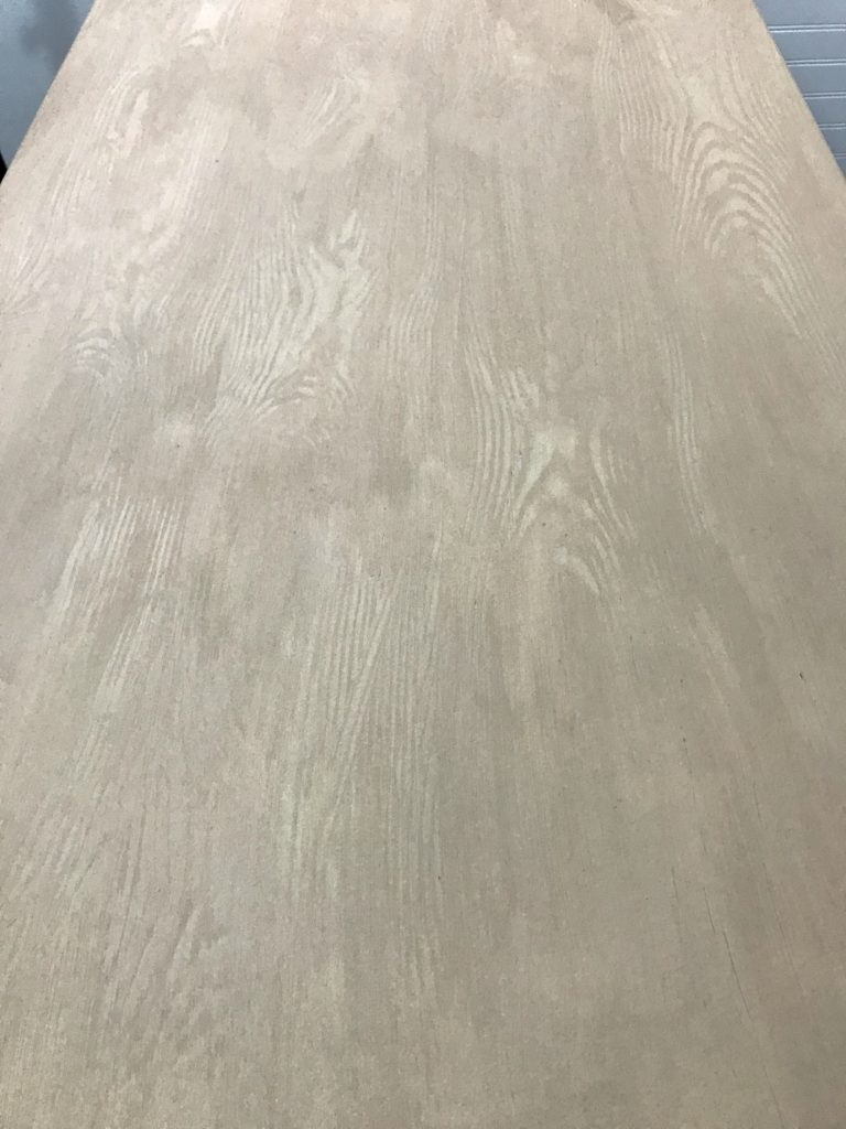 Retique It liquid wood applied to a folding table
