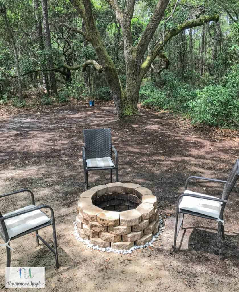 how to build a simple concrete block fire pit