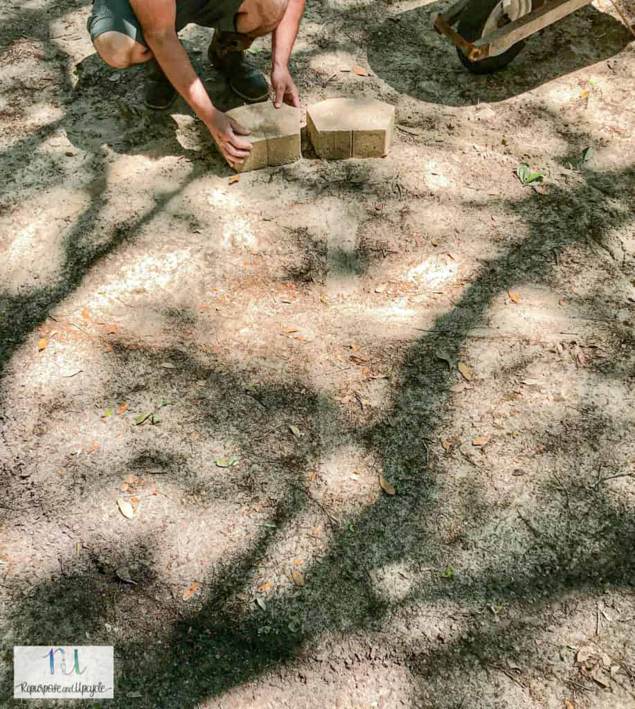 placing concrete pavers in a circle