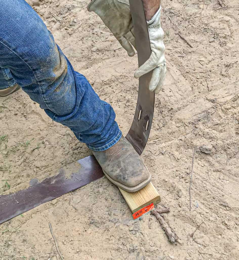 bending metal edging