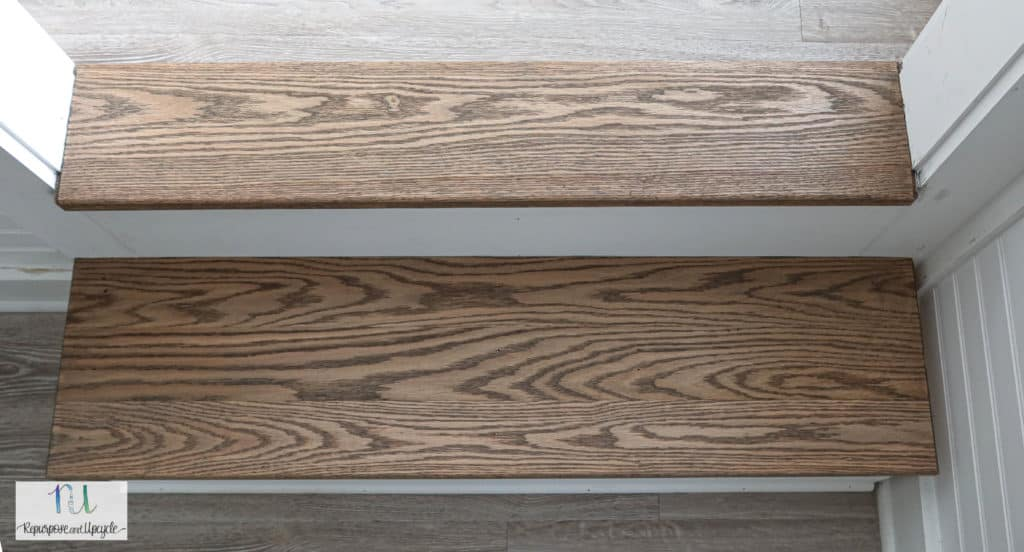 Varathane Carbon Gray wood stain Oak steps