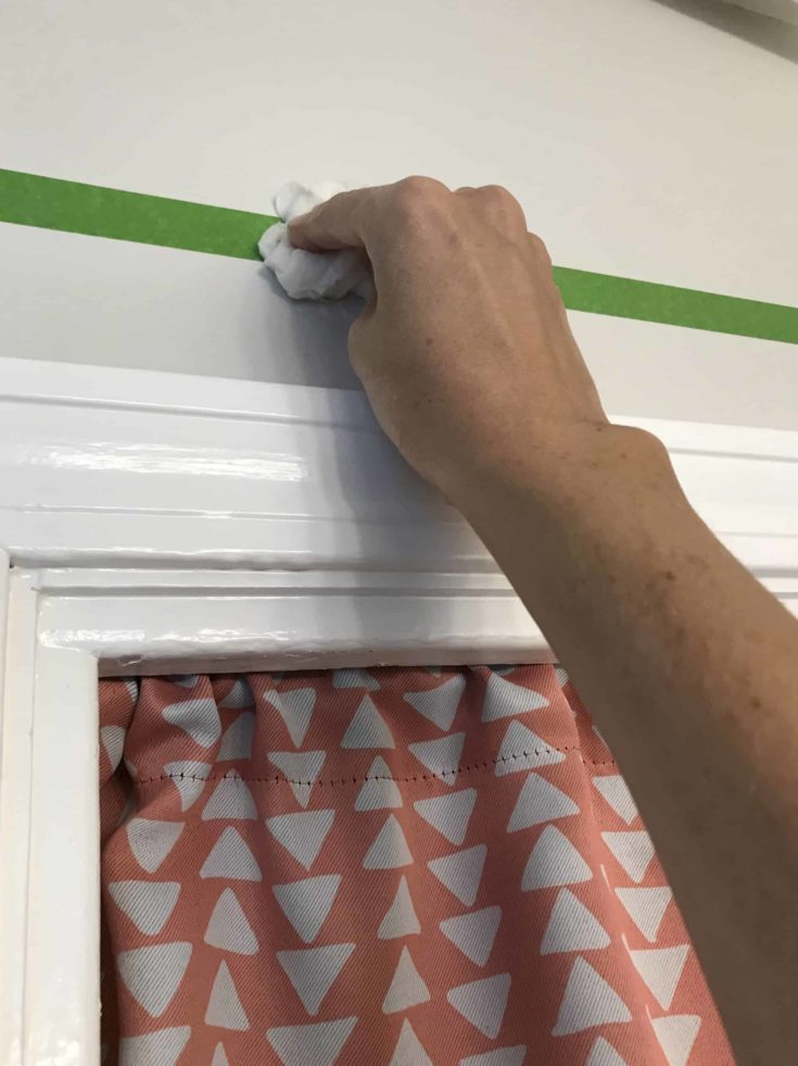 using frog tape to paint a ceiling