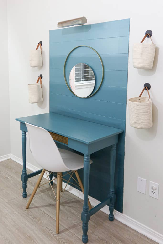 Accent wall with desk painted Ombre Technique