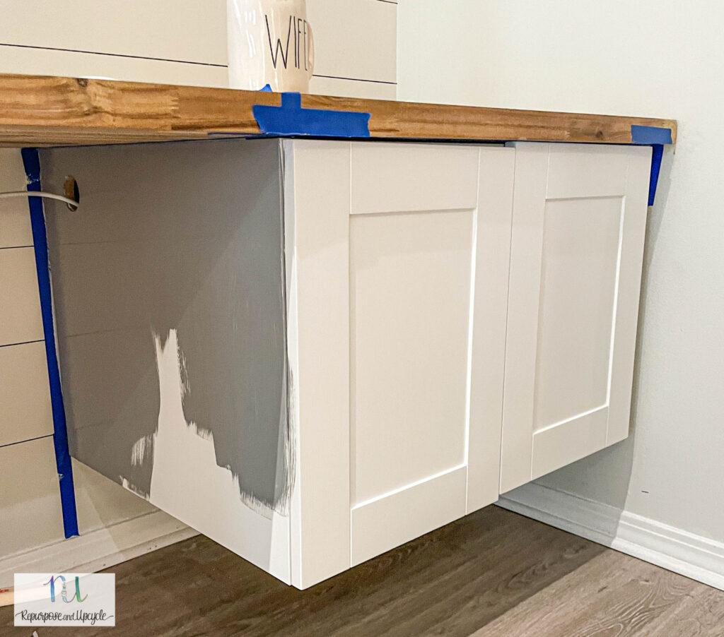 painting melamine or laminate cabinets