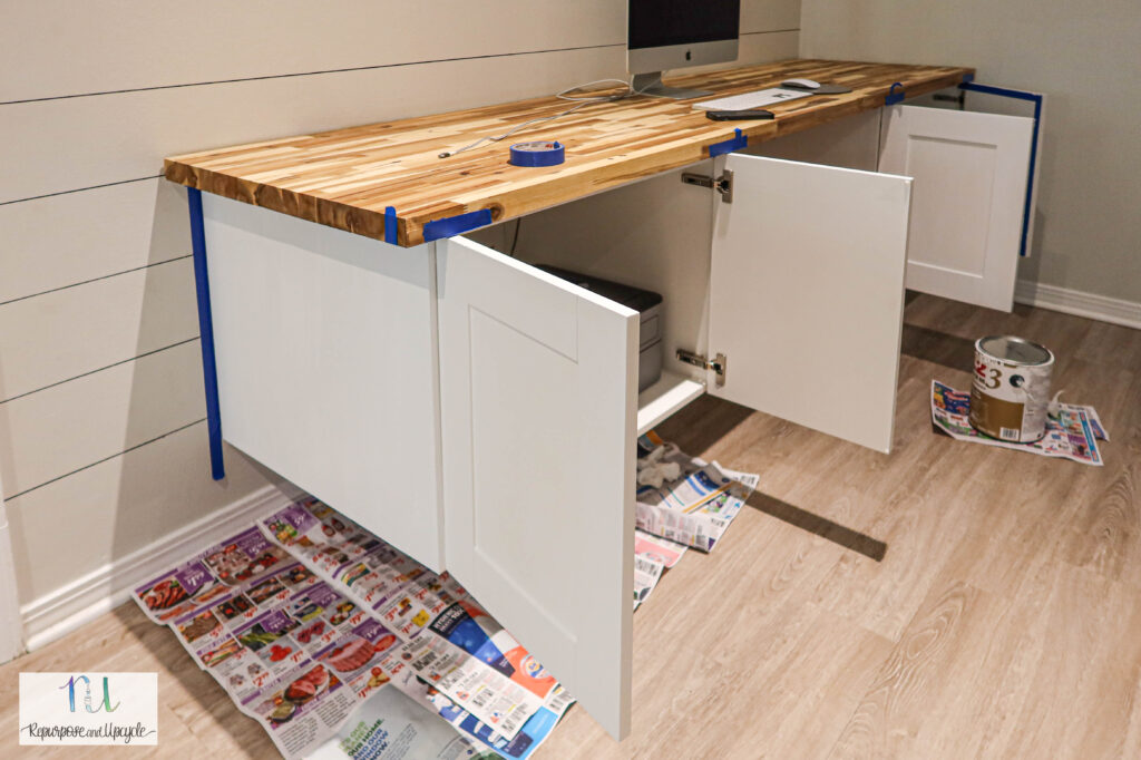 using primer on melamine or laminate cabinets