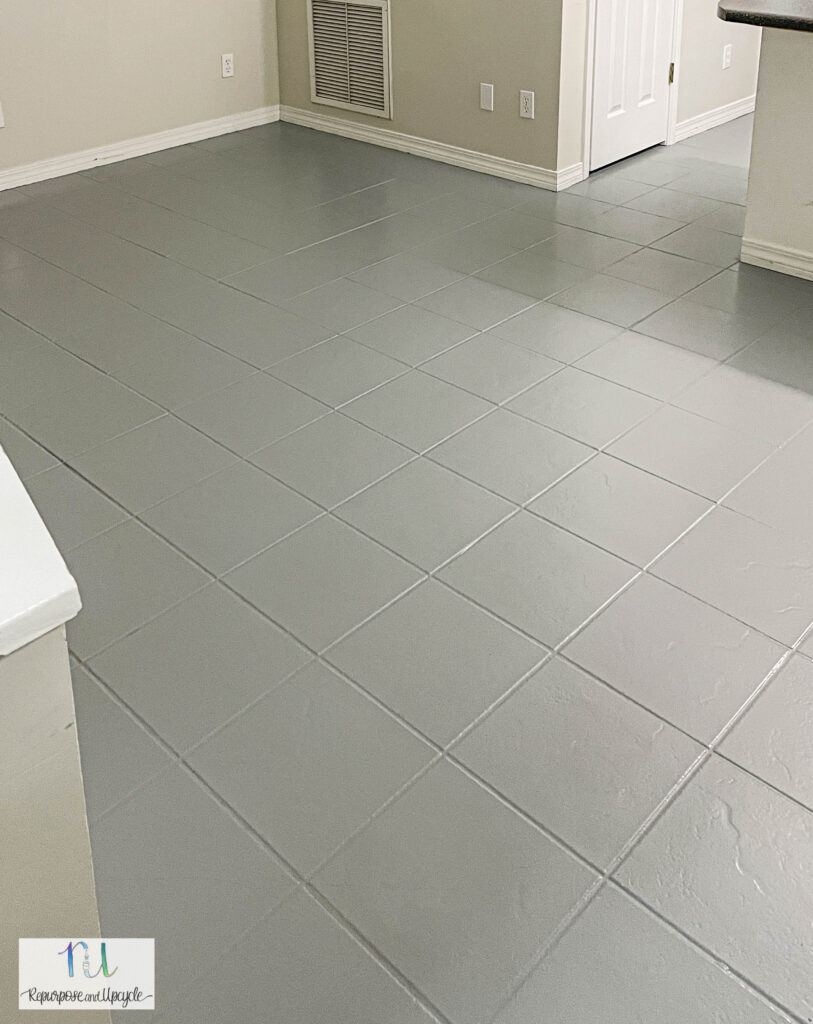 painted gray tile with Rust-Oleum floor paint